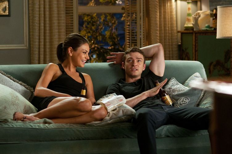 """Mila Kunis as """"Jaime"""" and Justin Timberlake as """"Dylan"""" in Screen Gems' FRIENDS WITH BENEFITS."""