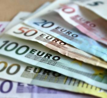 Τι ποσοστό του παγκόσμιου χρέους έχει η Ελλάδα; Μάλλον δεν το περιμέναμε...