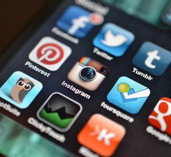 Αυτός είναι ο τρόπος με τον οποίο χρησιμοποιούν τα social media οι 20χρονοι!