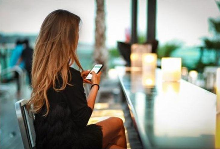 Πόσο συχνά πρέπει να στείλεις μήνυμα σε κάποιον που βγαίνεις