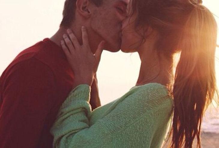 Πόσο καιρό θα πρέπει ένα ζευγάρι να βγαίνει πριν λένε ότι σ  αγαπώ ο Λούκας και η Ράιλι χρονολογούνται από την φαντασία