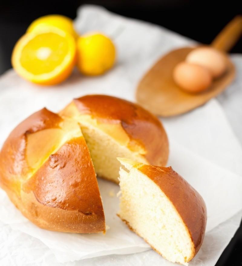 ο Pinca, είναι ένα γλυκό ψωμί, σημαδεμένο με το σήμα του Σταυρού, υπάρχει στη Σλοβενία και την Κροατία και φτιάχνεται για τον εορτασμό του τέλους της Σαρακοστής.