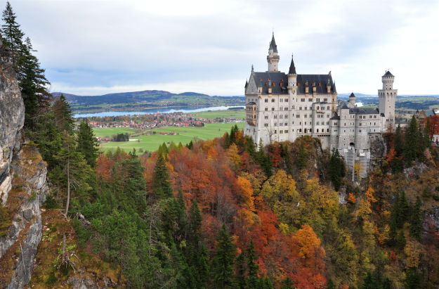 neuschwanstein-castle-bavaria-germany