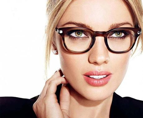makeup-tips-for-girls-who-wear-glasses-l-unw8pa