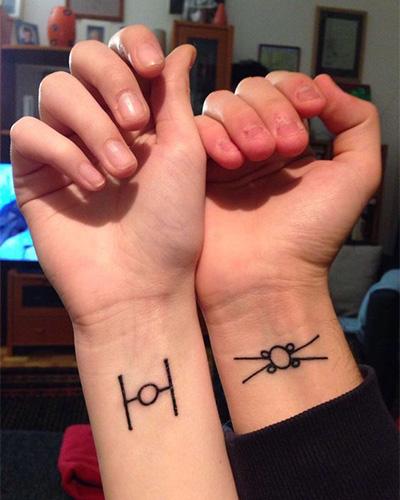 %CF%84%CE%B1%CF%84%CE%BF%CF%85.jpg14 - Μικροσκοπικά τατουάζ εμπνευσμένα από την Disney, που θα σε κάνουν να κλείσεις ραντεβού αύριο κιόλας!