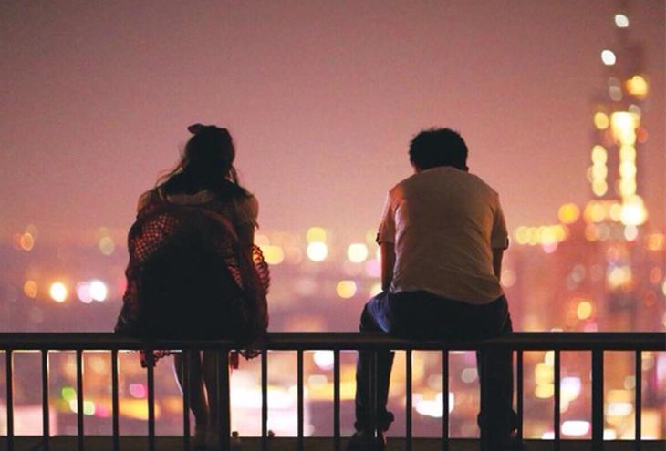 να βγαίνεις με κάποιον όταν αγαπάς κάποιον άλλο. χρονολόγηση ραμαάνα περίοδος