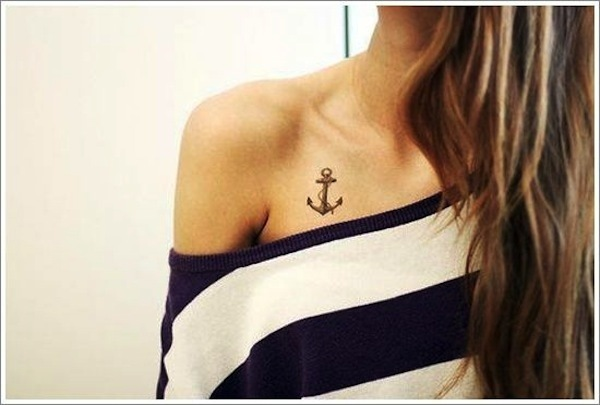 religious small anchor tattoos Chest - Ήλιους και θάλασσες | 13 πανέμορφα τατουάζ για κάθε κοπέλα που λατρεύει το καλοκαίρι!