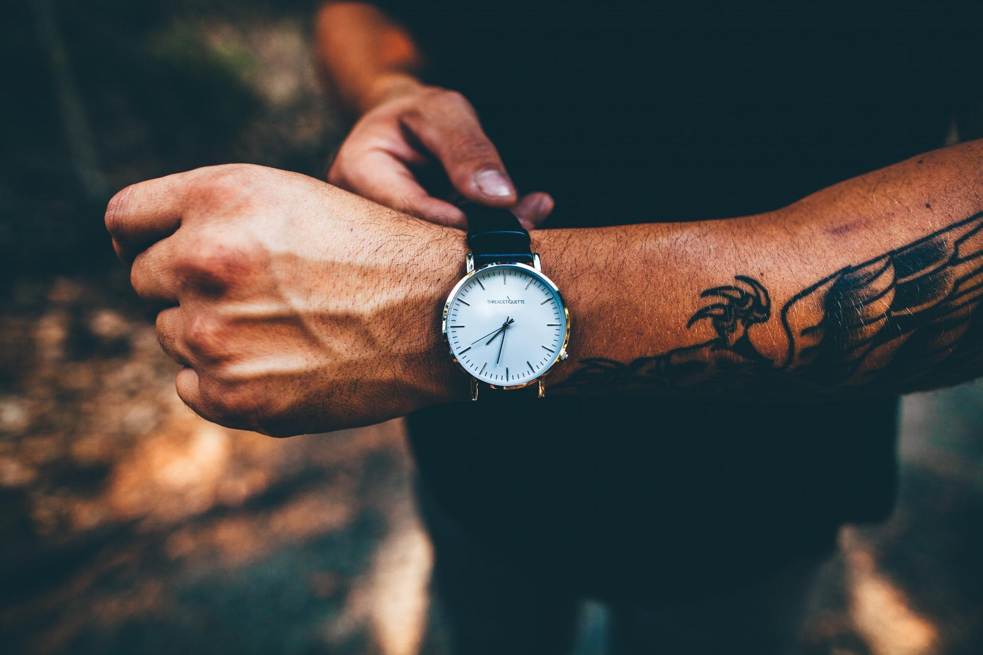6 πολύ βασικοί λόγοι να σταματήσεις να φοράς ρολόι! d25bf152fbe